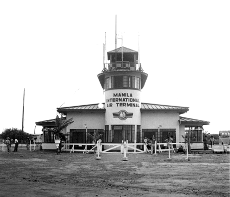 Makati International Airfield in Manila, January 1047 (Var Green)